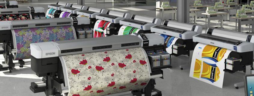 Plotter impresoras de gran formato. Crea una gran variedad de cartelería y expositores profesionales con esta impresora de calidad superior, elevada precisión y alto rendimiento